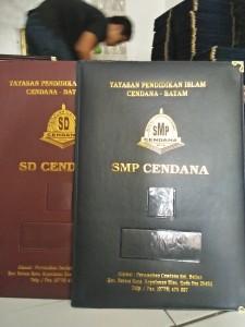 harga-map-raport-k13-di-sumatra-selatan-harga-sampul-raport-di-sumatra-selatan-sumsel-percetakan-map-ijazah-di-sumatra-selatan-sumsel
